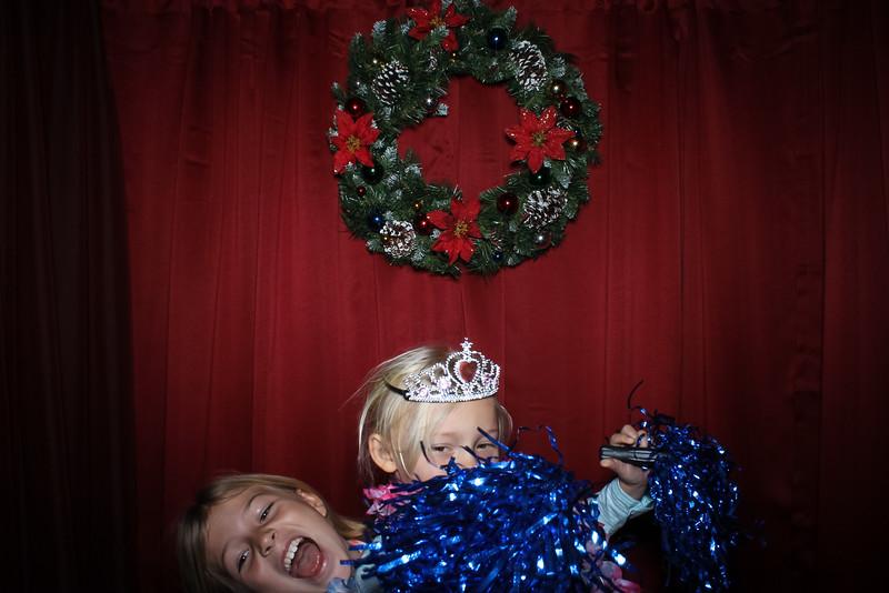 Good Shepard Lutheran School Christmas Boutique 2014-35.jpg