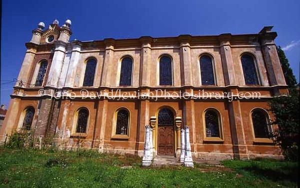 "ROMANIA, Oradea. Mare ""Big"" Orthodox Synagogue. (2004)"