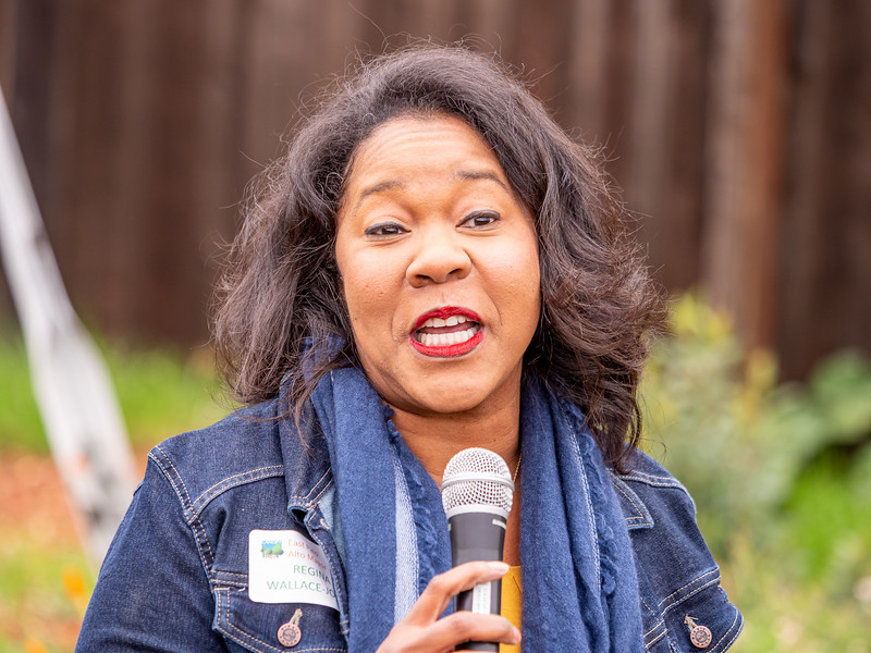 E Palo Alto Mayor Regina Wallace Jones