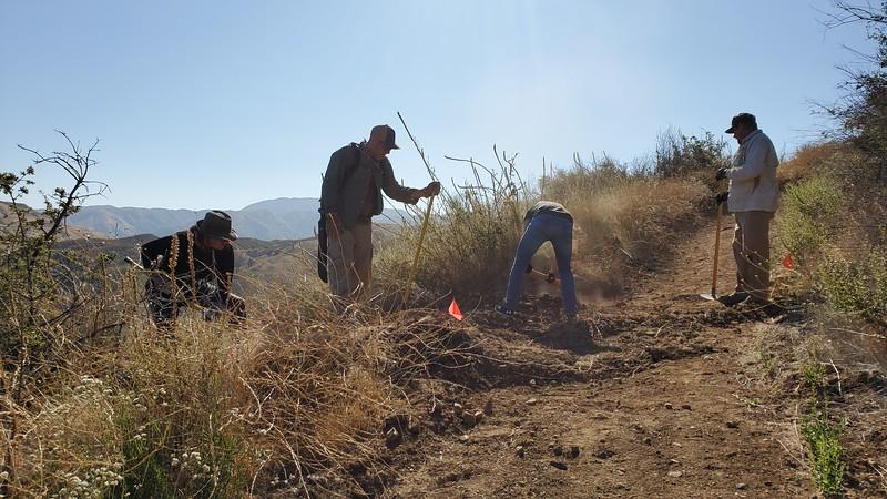 20190810007-Los Pinetos trailwork.jpg