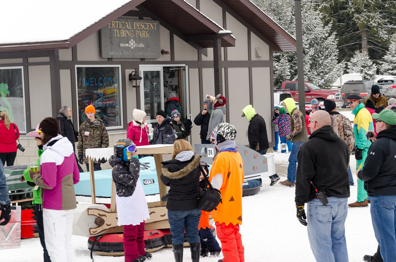 54th-Carnival-Snow-Trails-429.jpg