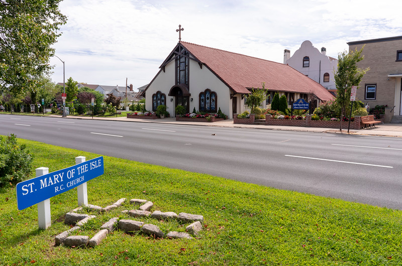 20190901_Beach_Catholic_Churches_hi_res_Exteriors_01.jpg