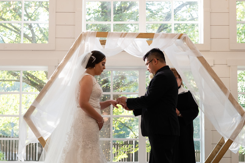 Kaitlin_and_Linden_Wedding_Ceremony-105.jpg