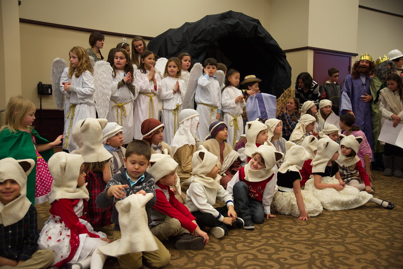 2014-12-21-Christmas-Pageant_213.jpg