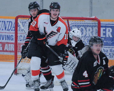 Winkler Flyers vs Neepawa Natives