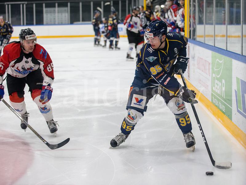 Optibet hokeja līgas spēle starp hokeja klubu Kurbads un hokeja klubu Zemgale Kurbada leduss hallē, 13.02.2018