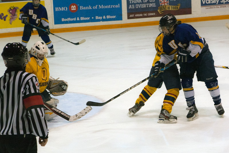 20130310 QWHockeyvsUBC 711.jpg