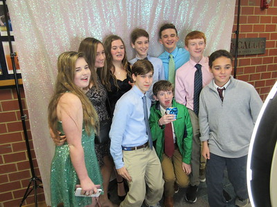7th/8th Grade New Year Dance