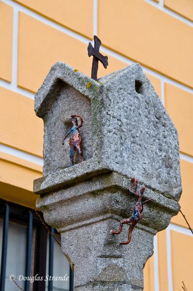 Humorous figures in Cesky Krumlov