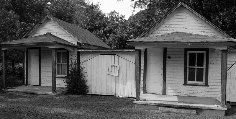 These little houses are part of a road-side motel that dates back to before WW II, the owner told us they were $2/night for a single, $5/night for a double.