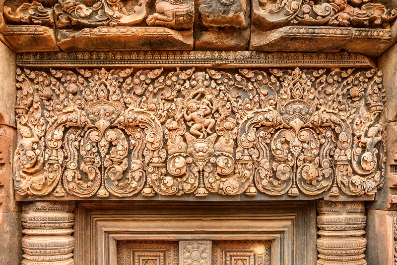 Intricate Carvings at Bantay Srei 2