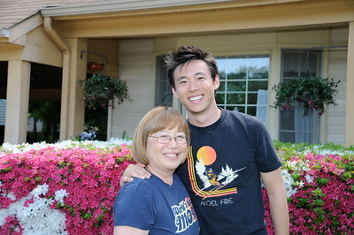 5-10-2009 Mother's Day @ Barb w/ Jeff