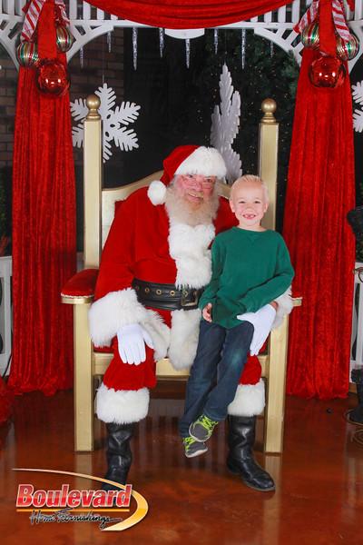 Santa 12-10-16-292.jpg