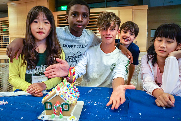 July 24: Gingerbread House Making