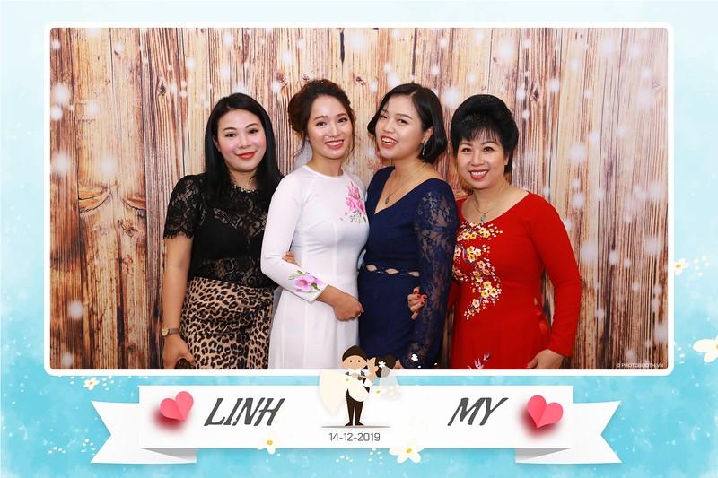 Linh-My-wedding-instant-print-photo-booth-in-Ha-Noi-Chup-anh-in-hnh-lay-ngay-Tiec-cuoi-tai-Ha-noi-WefieBox-photobooth-hanoi-139.jpg