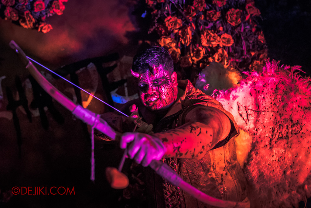 Halloween Horror Nights 7 Review - Happy Horror Days scare zone / Cupid
