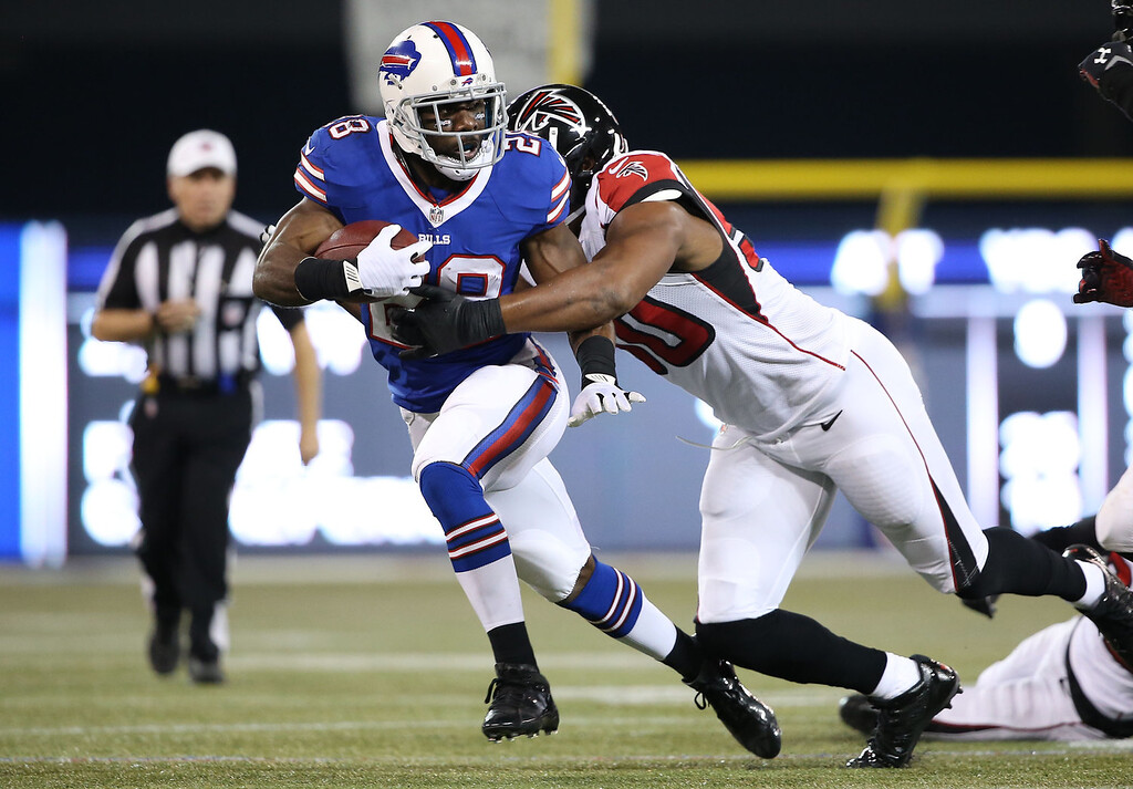 . C.J. Spiller #28 of the Buffalo Bills carries the ball during an NFL game against the Atlanta Falcons at Rogers Centre on December 1, 2013 in Toronto, Ontario. (Photo by Tom Szczerbowski/Getty Images)