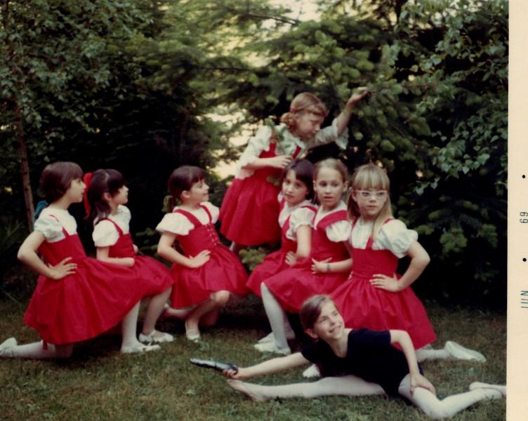 Dance_0110_b.jpg