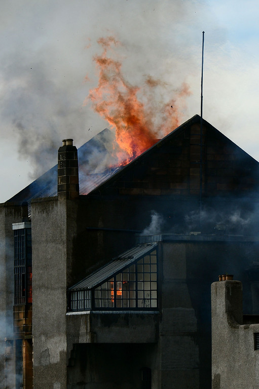 . Flames engulf the the Glasgow School of Art Charles Rennie Mackintosh Building after a fire broke out on May 23, 2014 in Glasgow, Scotland.  (Photo by Jeff J Mitchell/Getty Images)