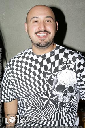 2008-04-28 [Showstoppers: American Idol Edition, Babylon Nightclub, Fresno, Ca]