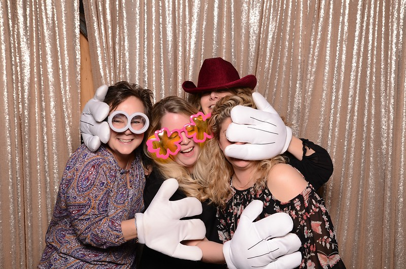 20180324_MoPoSo_Seattle_Photobooth_Number6Cider_Thoms50th-108.jpg