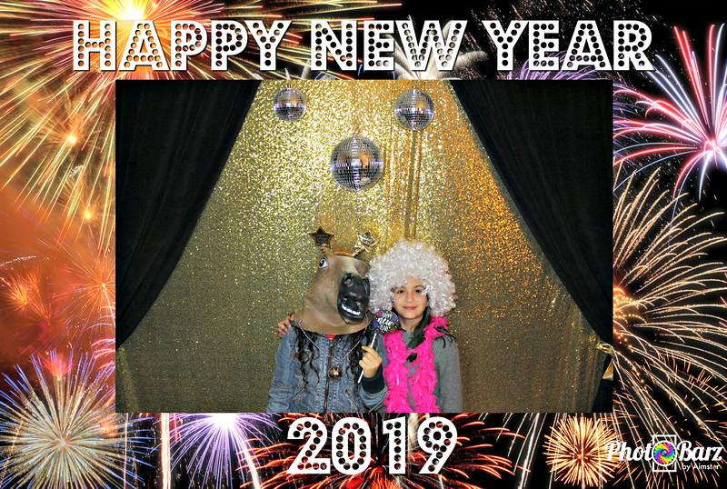 New Years 2019 Photobooth Pics (24).jpg