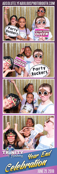 Absolutely_Fabulous_Photo_Booth_203-912-5230 - 180621_095811.jpg