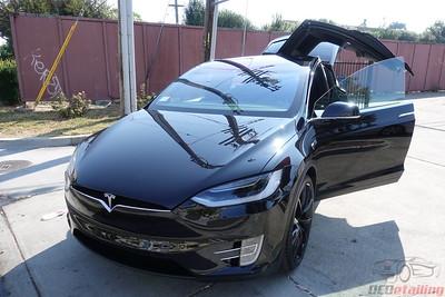 2017 Tesla Model X - Obsidian Black