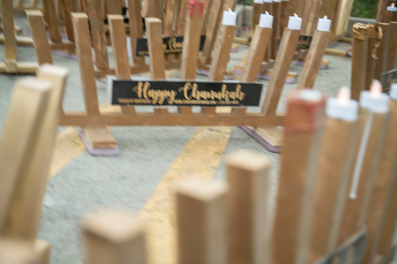 Brentwood Chabad -Chanukah1174.jpg