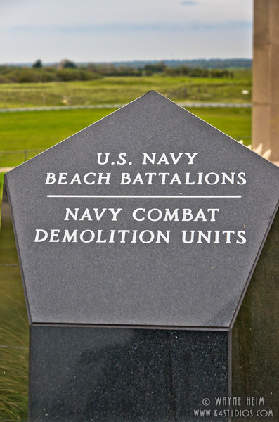 Monument to US Forces  2    Photography by Wayne Heim