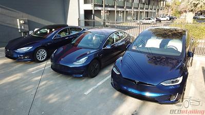Tesla Model 3 - Deep Blue Metallic