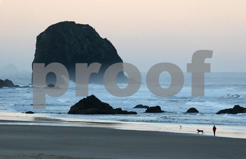 Cannon Beach 4611.jpg