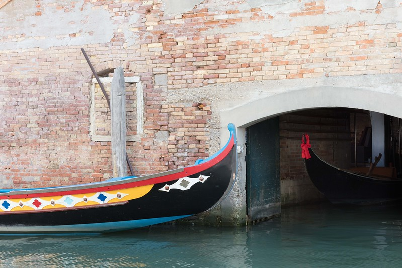 Boats in a Venice Canal-3657.jpg
