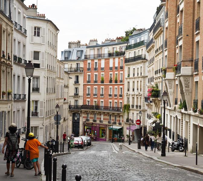 Montmartre street
