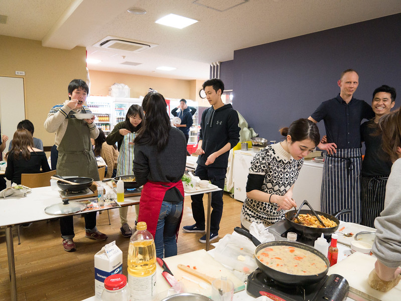 Cooking class with YIS Seniors-1000639.jpg