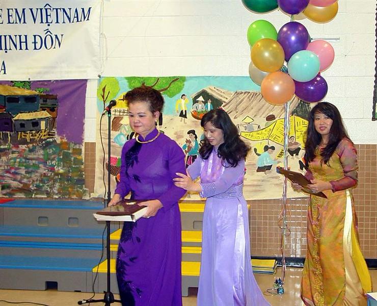 Ceremony3_CoMH_NhatAnh_Trinh.jpg