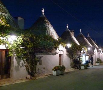 Italy: Alberobello