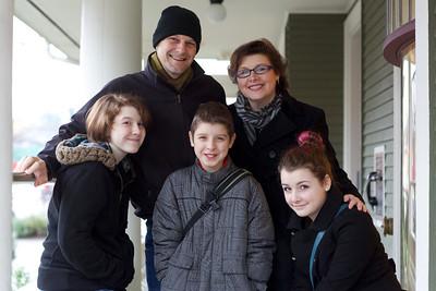 Melanie, Jeff, Kristin, Noey & Will