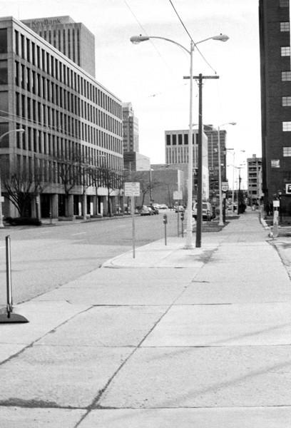 Dayton Wards AM 551 / Konica S2