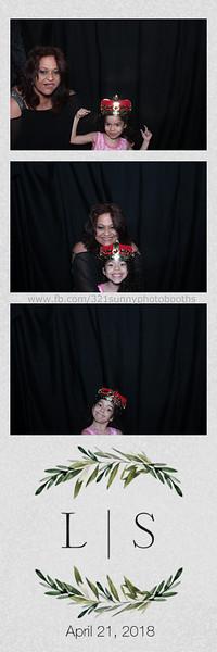 ELP0421 Lauren & Stephen wedding photobooth 54.jpg