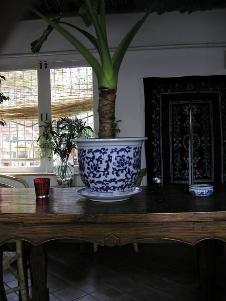 A coffe shop along Hou Ha Lake in 2002, now a bar. Beijing 2007