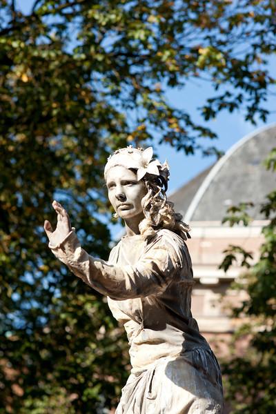 Arnhem world statues-05317.jpg