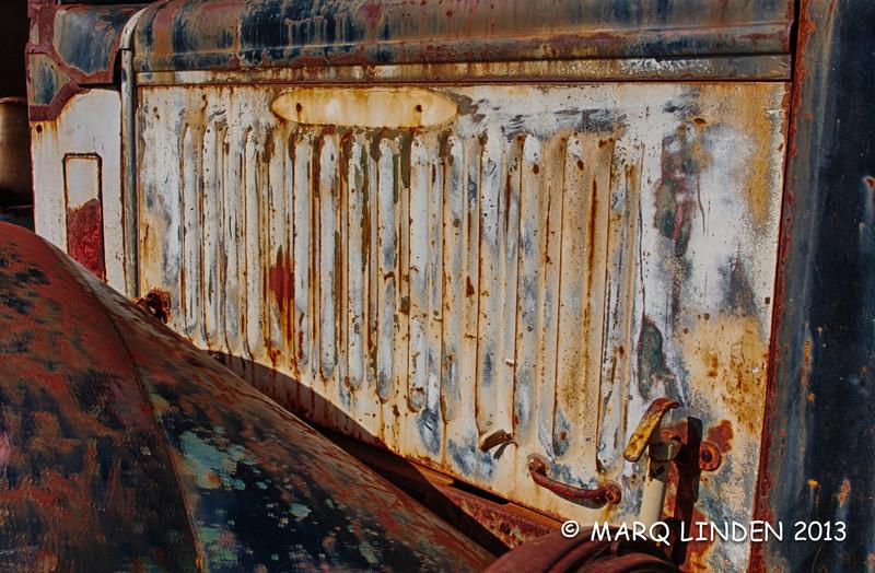 Side of Peterbuilt.jpg
