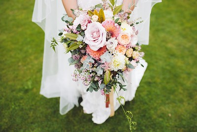 Chic Wedding Flowers and Decorations