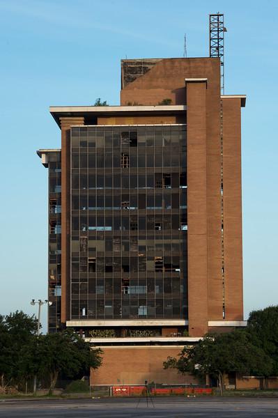 Skyscraper Bank Building Implosion_002.jpg