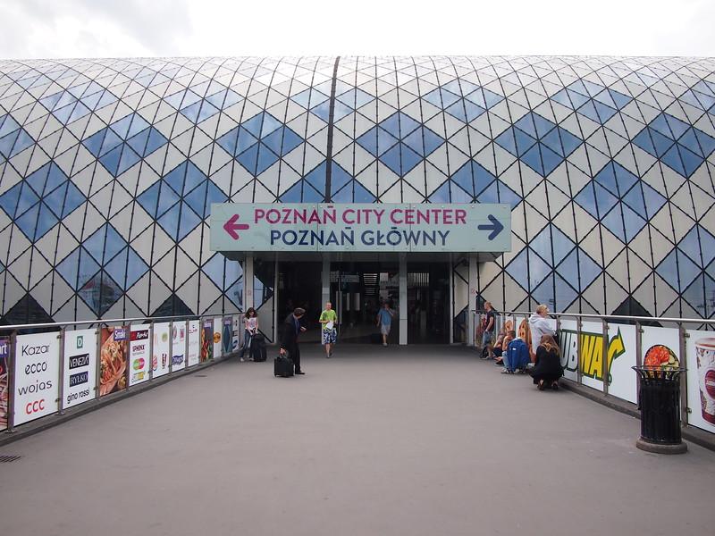 P7083907-poznan-glowny.JPG