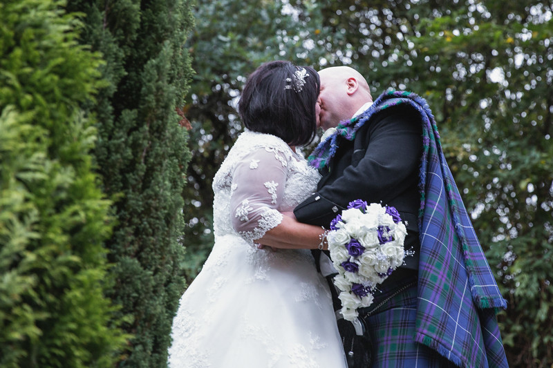 Mr & Mrs Curlis-13.jpg