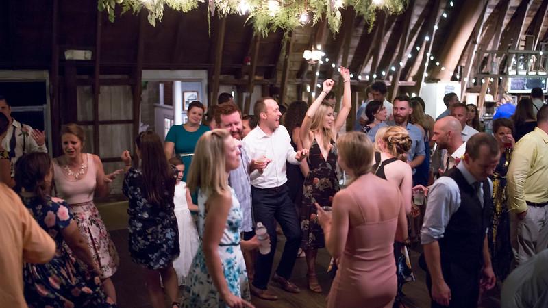 Garrett & Lisa Wedding (882).jpg