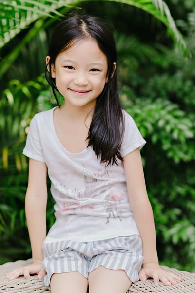 Lovely_Sisters_Family_Portrait_Singapore-4389.JPG