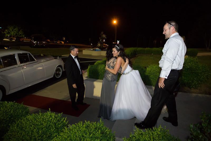 1089_Josh+Lindsey_Wedding.jpg